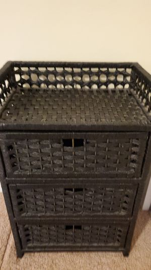 3 drawer wicker stand - $15 for Sale in Arlington, VA