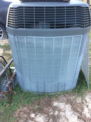 3 1/2 tons heat pump condenser unit freon 410 for Sale in Cameron, NC