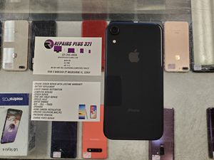 Unlocked Black iPhone XR 64gb for Sale in Melbourne, FL