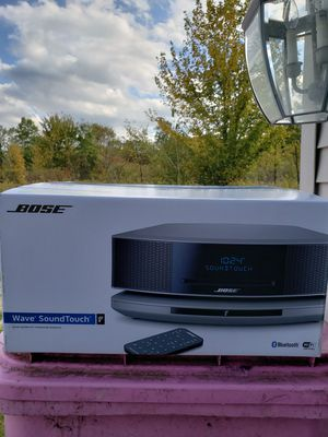 Bose for Sale in Middlefield, OH