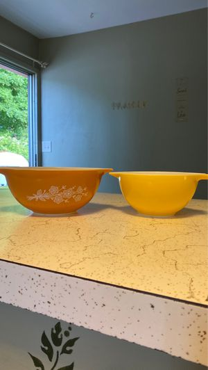 Vintage 1970's Pyrex Bowls for Sale in Hillsboro, OR
