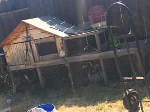 Chicken/bunny coop for Sale in Sanger, CA