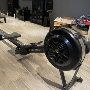 Concept2D Rower Flawless Condition w/PM5 for Sale in Cold Spring Harbor, NY