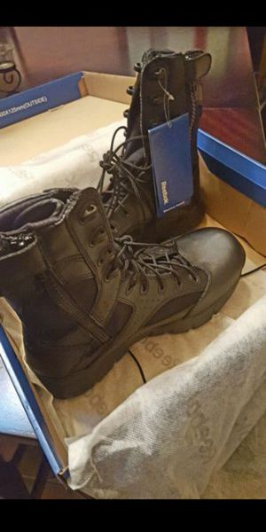 Men's Reebok Work boots Size 8W for Sale in Spring Hill, FL