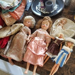 Vintage Dolls And Clothes for Sale in Arnold, MO