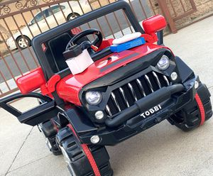 NEW CONDITION Jeep 12volt REMOTE CONTROL MODEL electric kid ride on car power wheels for Sale in Santa Ana, CA