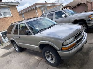 2005 Chevy blazer for Sale in Calumet City, IL