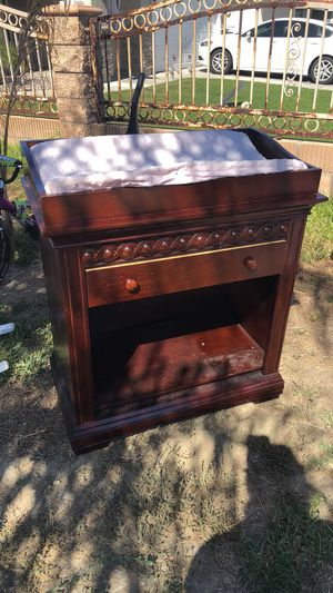 Baby changing table $50 for Sale in Hemet, CA
