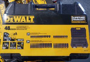 DEWALT DWMT19251. 1/4 IN. DRIVE COMBINATION IMPACT SOCKET SET 6 PT (48 PC.) for Sale in Burlington, NJ