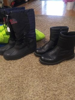 Men Snow Boots Size 10 N 11 30.00 Each Pair for Sale in Stockton,  CA