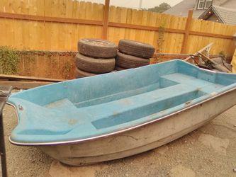 10 foot fishing boat for Sale in Wenatchee,  WA