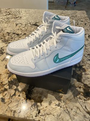 Jordan 1 Mid (Luka Doncic) Size 11 new 175 firm for Sale in Mesquite, TX