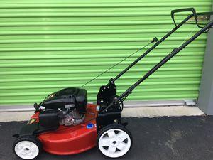 Toro Gas Lawn Mower for Sale in Las Vegas, NV
