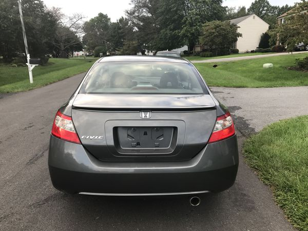 2009 Honda Civic great economic car only 90000 miles electric roof tap air con ice cold everything works great