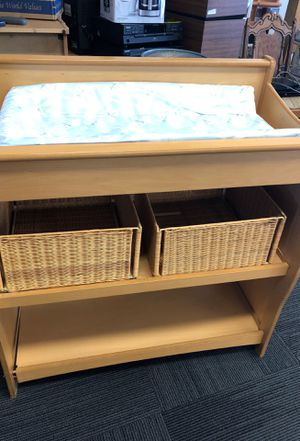 Changing table and crib for Sale in San Leandro, CA