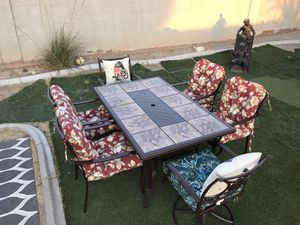 Patio furniture 6 chairs with cushions and tile table great condition for Sale in North Las Vegas, NV