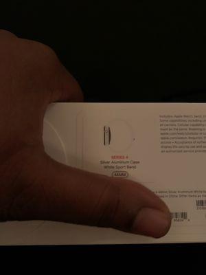 Apple Watch 4 series 44mm for Sale in Lynn, MA