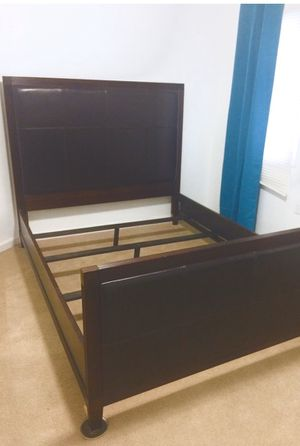 Price is firm 3pc set Queen bedroom for Sale in Englishtown, NJ
