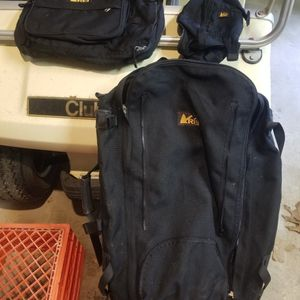 Rei Hiking Backpack for Sale in Monroe Township, NJ