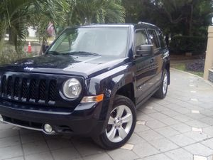 2013 Jeep Patriot limited 4 x 4 for Sale in Hollywood, FL