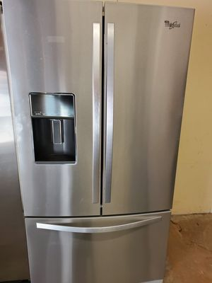 Whirlpool frenchdoor refrigerator for Sale in Jacksonville, AR
