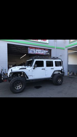 """2.5"""" and 4"""" wrangler JK lift for Sale in Los Angeles, CA"""
