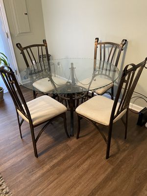 6 Piece Dining Room Table for Sale in Apex, NC