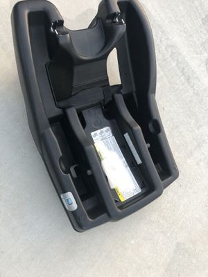 Graco Infant Car Seat base for Sale in Lake Elsinore, CA