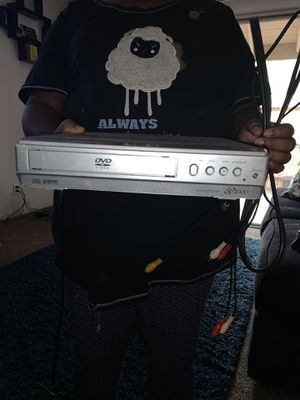 DVD player with color cords for Sale in Fresno, CA