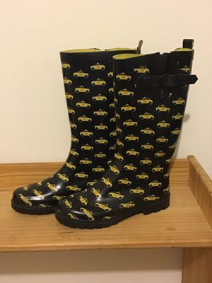 Capelli New York taxi cab rubber rain boots - size 8 for Sale in Woodbridge, VA