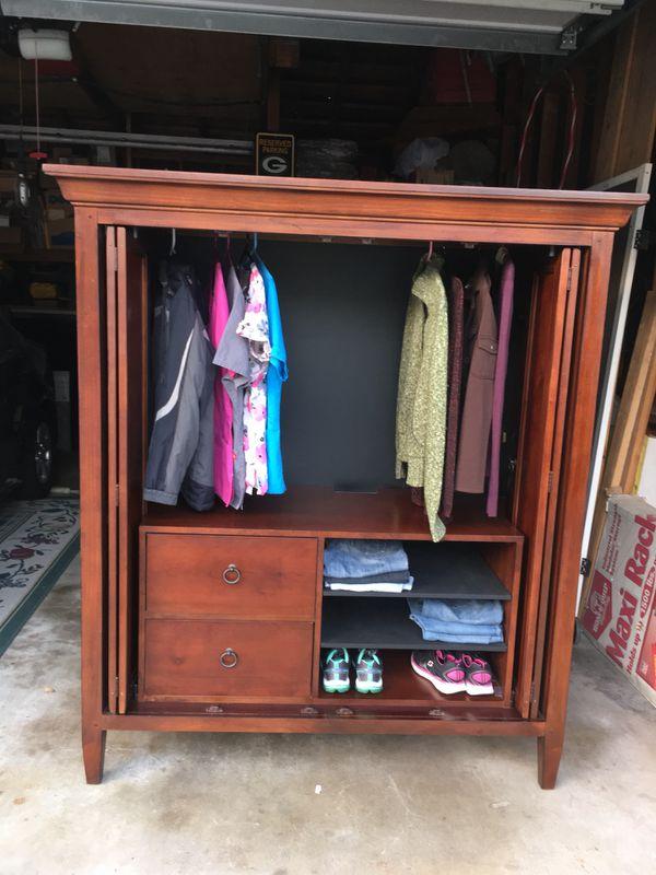 Gorgeous Real Wood Wardrobe Storage Closet