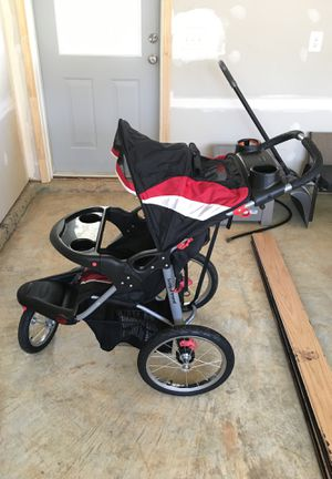 Baby Trend jogging stroller for Sale in Frederick, MD