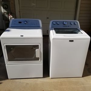 Maytag Washer & Dryer Set for Sale in Huntersville, NC