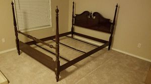 Queen bedframe for Sale in Austin, TX