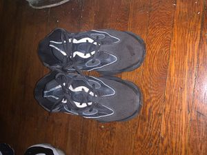 Yeezy 500 sz10.5 for Sale in Brooklyn, NY