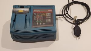 Makita DC24SA battery charger, Working Used Unit for Sale in Antioch, CA