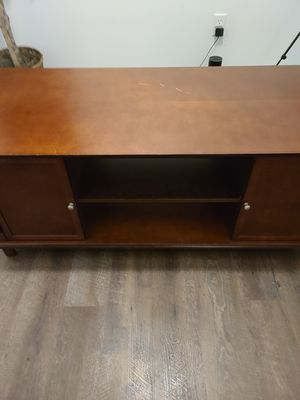 50 inch tv stand little scratch for Sale in Akron, OH