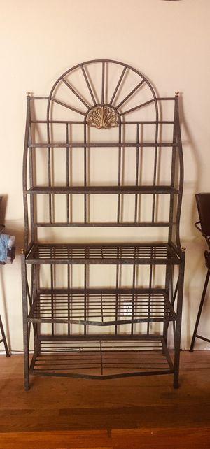 Metal Bakers Rack for Sale in Hazelwood, MO