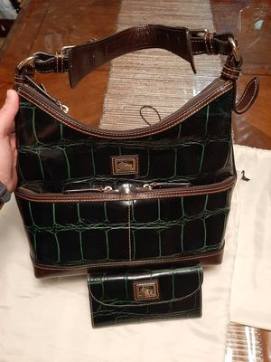 Dooney and bourke purse and wallet for Sale in San Antonio, TX