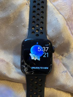 Apple Watch series 4 for Sale in Wellford, SC