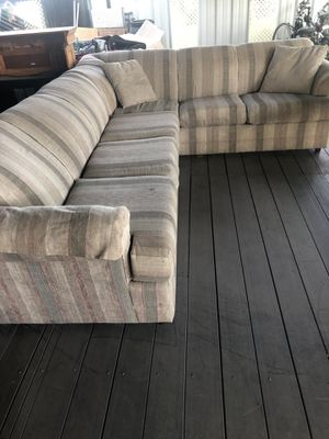 Sectional couch for Sale in Kingsburg, CA