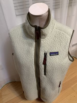 Patagonia vest. Size large for Sale in Seattle, WA
