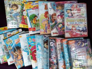 Assortment of 19 children's DVDs good condition for Sale in Tacoma, WA