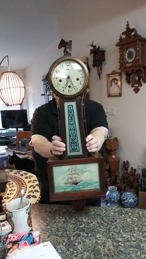 ANTIQUE NEW HAVEN BANJO CLOCK WITH NO PENDULUM for Sale in Tacoma, WA