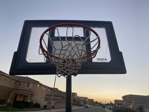 Basketball hoop only $95 for Sale in Beaumont, CA