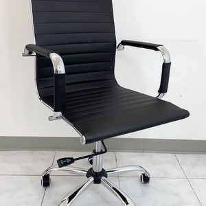 New $85 Executive Computer Office Chair Mid Back Adjustable Seat Recline PU Leather for Sale in La Mirada, CA