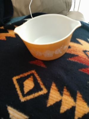 Vintage Pyrex bowl. $2. for Sale in Redmond, WA