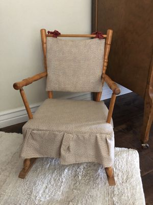 Child's vintage rocking chair for Sale in Cottonwood Heights, UT