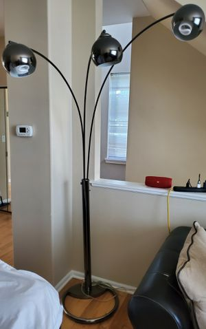 74 inches Floor Lamp for Sale in Elk Grove Village, IL