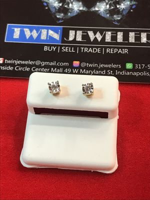 10Kt Yellow Gold Diamond ear rings on sale for Sale in Indianapolis, IN